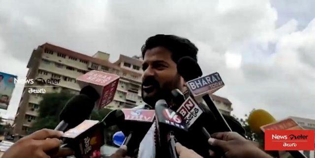 కార్మికులను వెంటనే చర్చలకు పిలవాలి- రేవంత్రెడ్డి