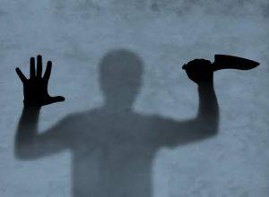 భార్యను అతిదారుణంగా చంపిన భర్త.. ఎందుకో తెలిస్తే షాకే..!