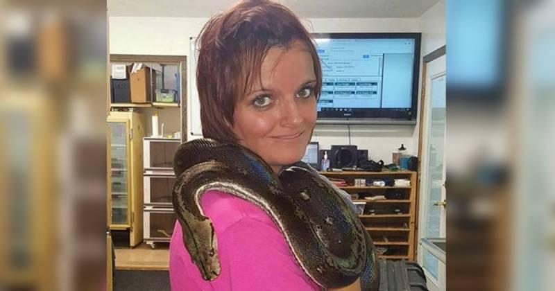 Laura Hurst Python Neck