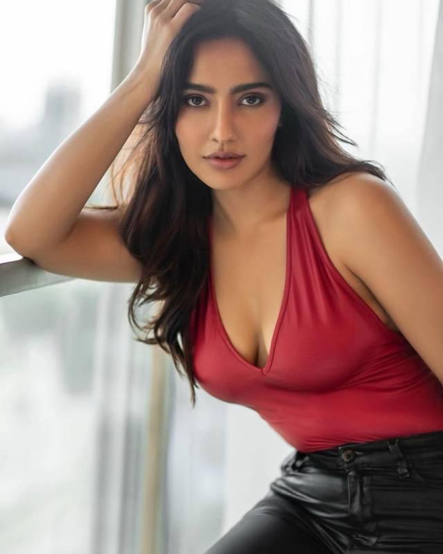 Neha Sharma2