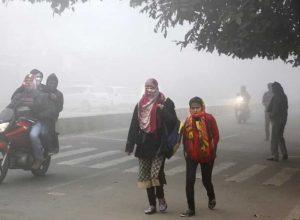 కనిష్ట స్థాయిలో ఉష్ణోగ్రతలు.. గజగజ వణుకుతున్న ప్రజలు..!