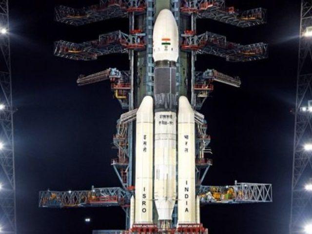 'చంద్రయాన్-3'.. ఆ శాస్త్రవేత్తను ఎందుకు తొలగించారో..?
