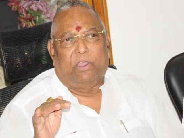 బిగ్బ్రేకింగ్ : రాయపాటి 'ట్రాన్స్స్టాయ్' కంపెనీపై సీబీఐ దాడులు