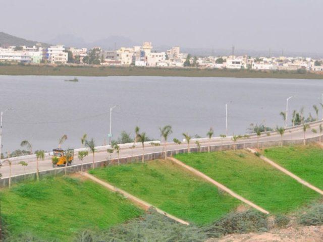 తెలంగాణలో 90 మినీ ట్యాంక్ బండ్లు