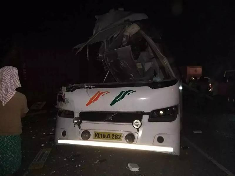 Tamilnadu Road accident kills 19 persons