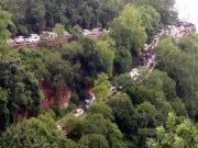 శ్రీశైలం ఆనకట్ట వద్ద భారీగా ట్రాఫిక్జామ్