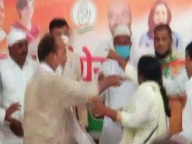కాంగ్రెస్ పార్టీలో మహిళలకు రక్షణ లేదా..?